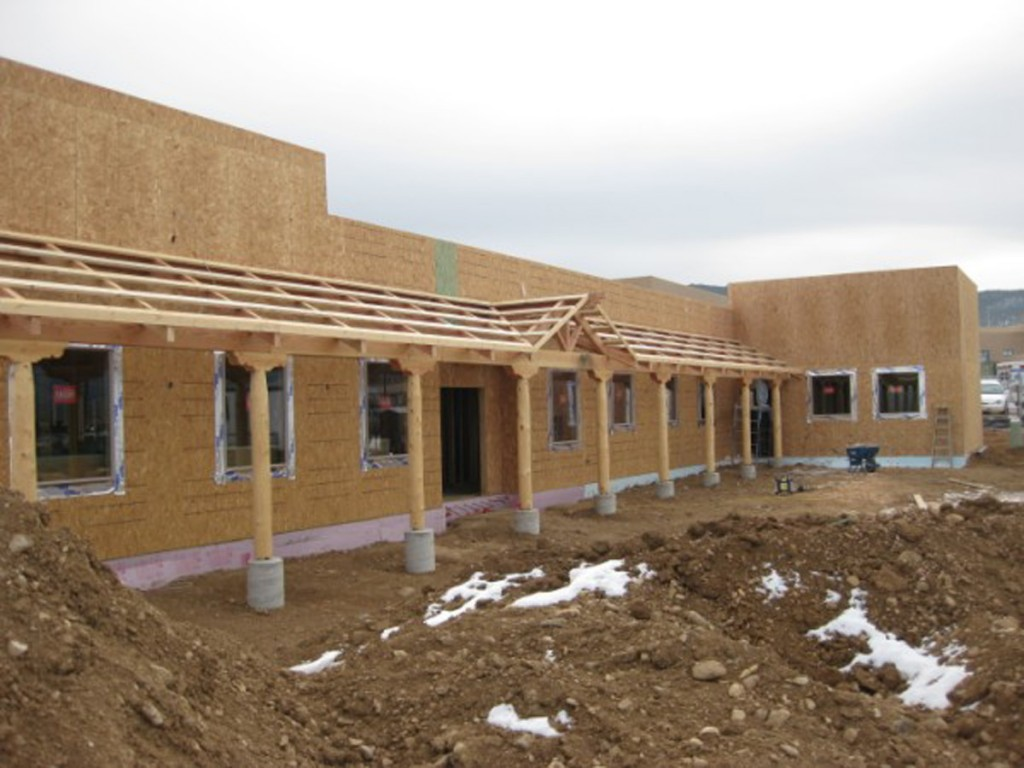The new Clinic was sheathed and roofed by the end of December 2009.